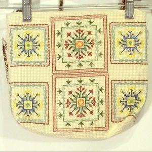 Handmade Cream Embroidered Flower Design Purse